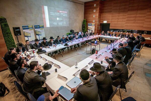 © Илья Иткин/пресс-служба Совета раввинов Европы                                                Конференция европейских раввинов в Женеве. 26 ноября 2019 года