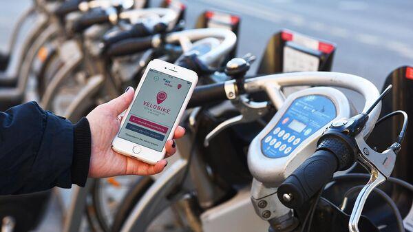 Использование мобильного приложения для поиска и оплаты велопарковки общественного проката Велобайк