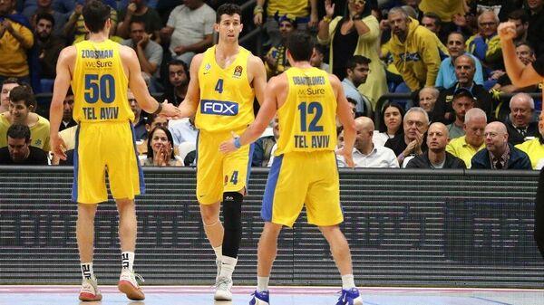 Баскетболисты израильского Маккаби