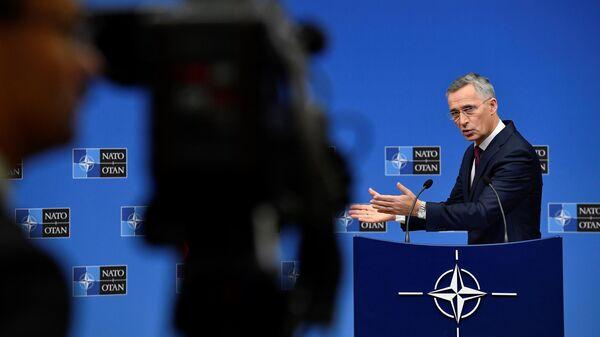 Генеральный секретарь НАТО Йенс Столтенберг на пресс-конференции о предстоящем саммите НАТО в Лондоне