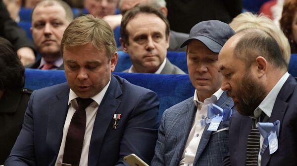 Космонавт Максим Сураев, актер Евгений Миронов и продюсер Тимур Бекмамбетов