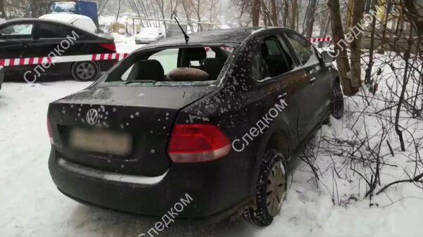 На месте стрельбы в Орджоникидзевском районе Перми 4 декабря 2019. Стоп-кадр видео СК РФ