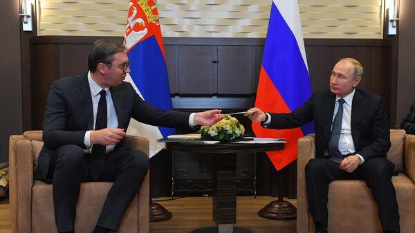 Путин рассказал о сотрудничестве России и Сербии в военной сфере