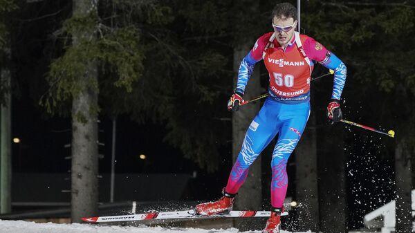 Матвей Елисеев на дистанции индивидуальной гонки на 20 км