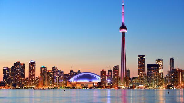 Закат в Торонто