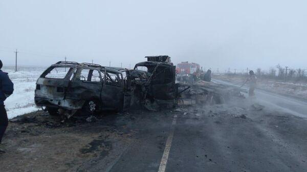 Столкновение автомобилей Газель и Форд  на автомобильной дороге Оренбург - Акбулак. 8 декабря 2019