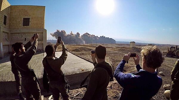 Разминирование заброшенных церквей израильской армией на Западном берегу реки Иордан
