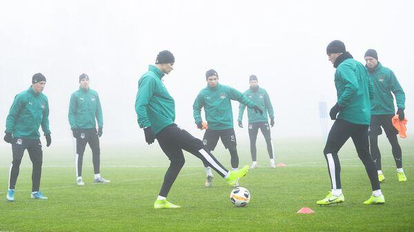 Игроки ФК Краснодар во время тренировки