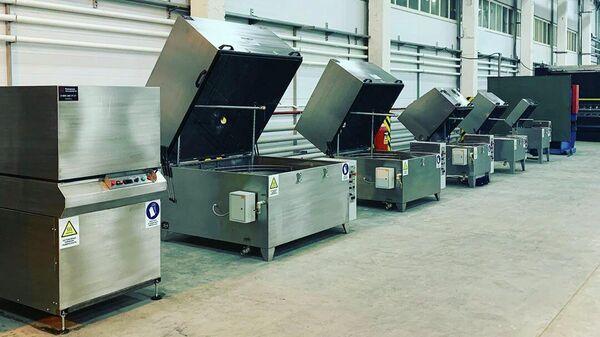 Отгрузки моечных машин в новом цехе компании Моторные технологии в Пензе
