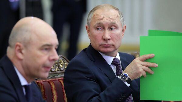 Президент РФ Владимир Путин во время заседания Высшего евразийского экономического совета. 20 декабря 2019