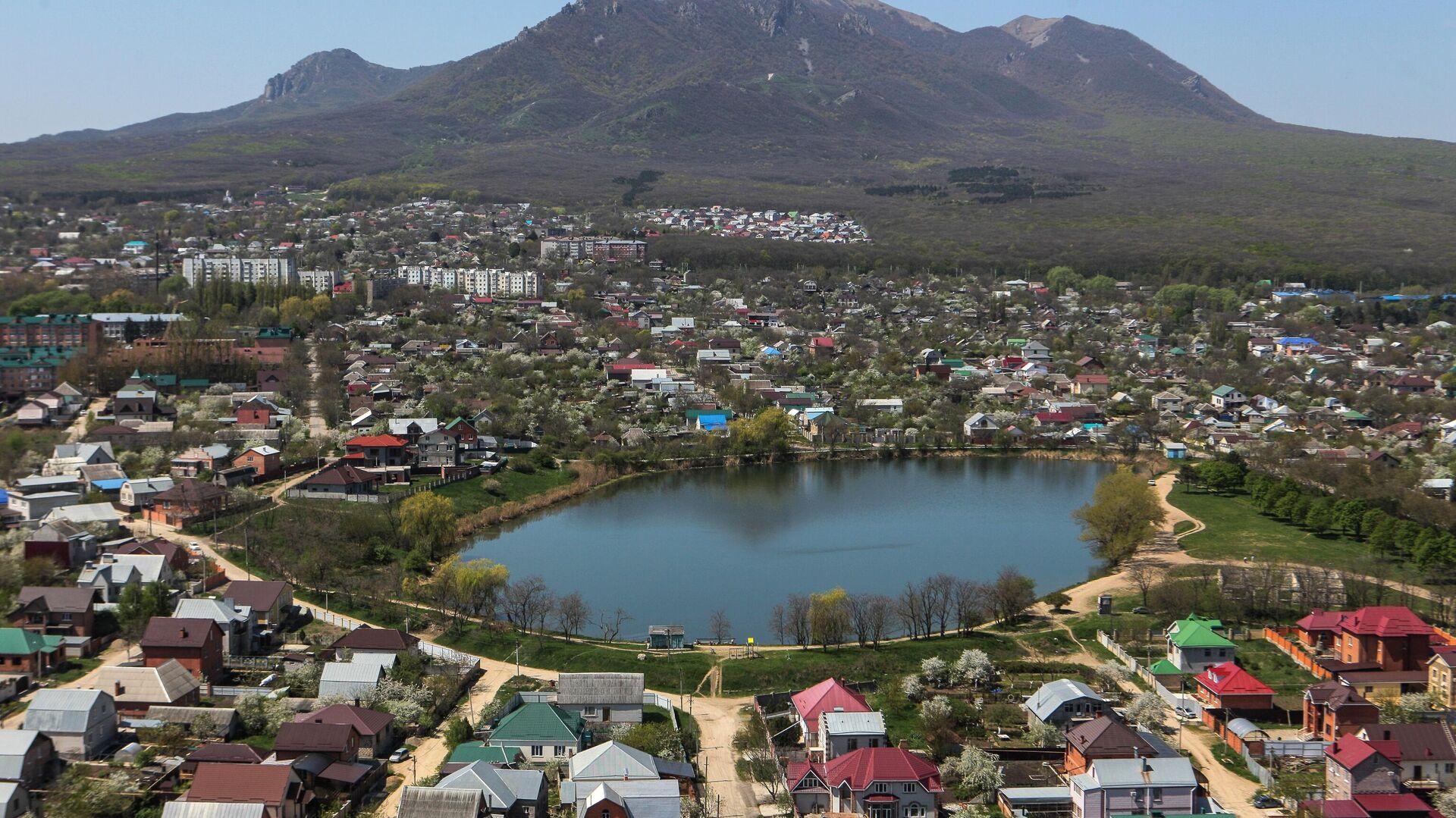 Вид на поселок Иноземцево в Карачаево-Черкесии - РИА Новости, 1920, 03.06.2021