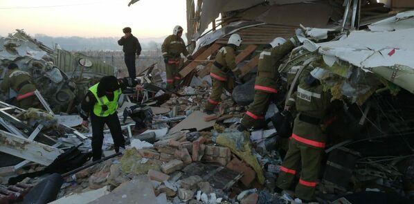Крушение пассажирского самолета в Казахстане