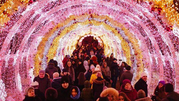 Фотовыставка Огни Москвы на Тверском бульваре