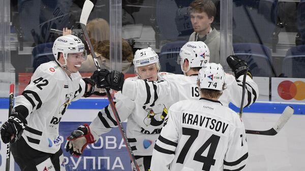Хоккей. КХЛ. Матч Динамо (Москва) - Трактор