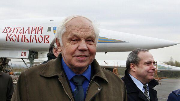 Главный конструктор, руководитель работ по созданию самого мощного в мире стратегического сверхзвукового ракетоносца Ту -160 Валентин Близнюк