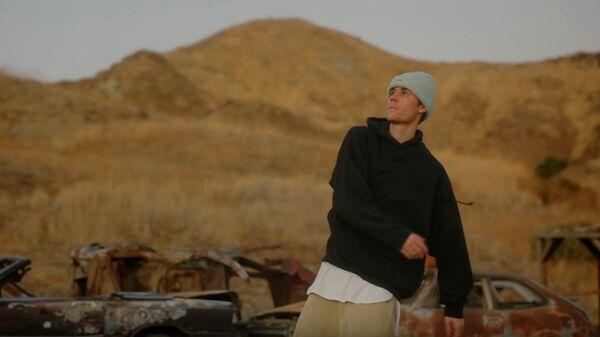 Скриншот видео Justin Bieber