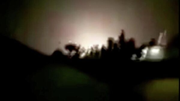 Скриншот видео взрыва на авиабазе в Ираке, 8 января 2020