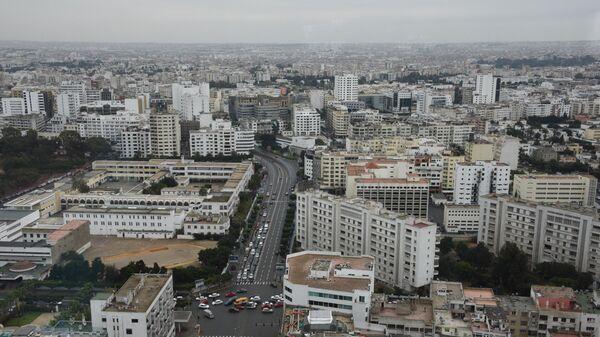 Жилые дома в Касабланке. В центре - бульвар Мохамеда Зерктуни