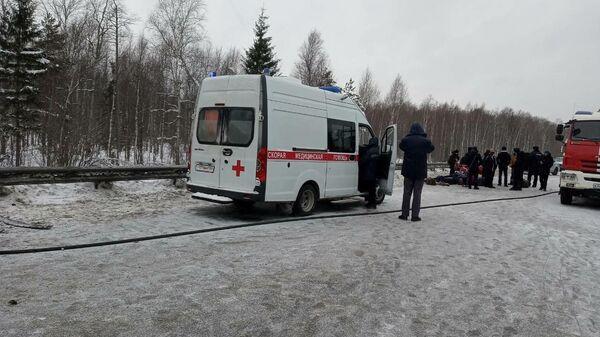 На месте ДТП на 472 километре федеральной трассы М-7 Волга