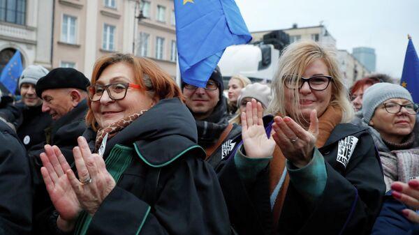 Протест против судебной реформы в Варшаве, Польша. 11 января 2020