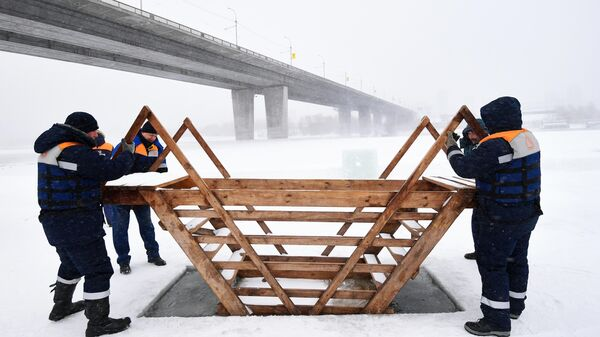 Подготовка крещенских купелей в Новосибирске