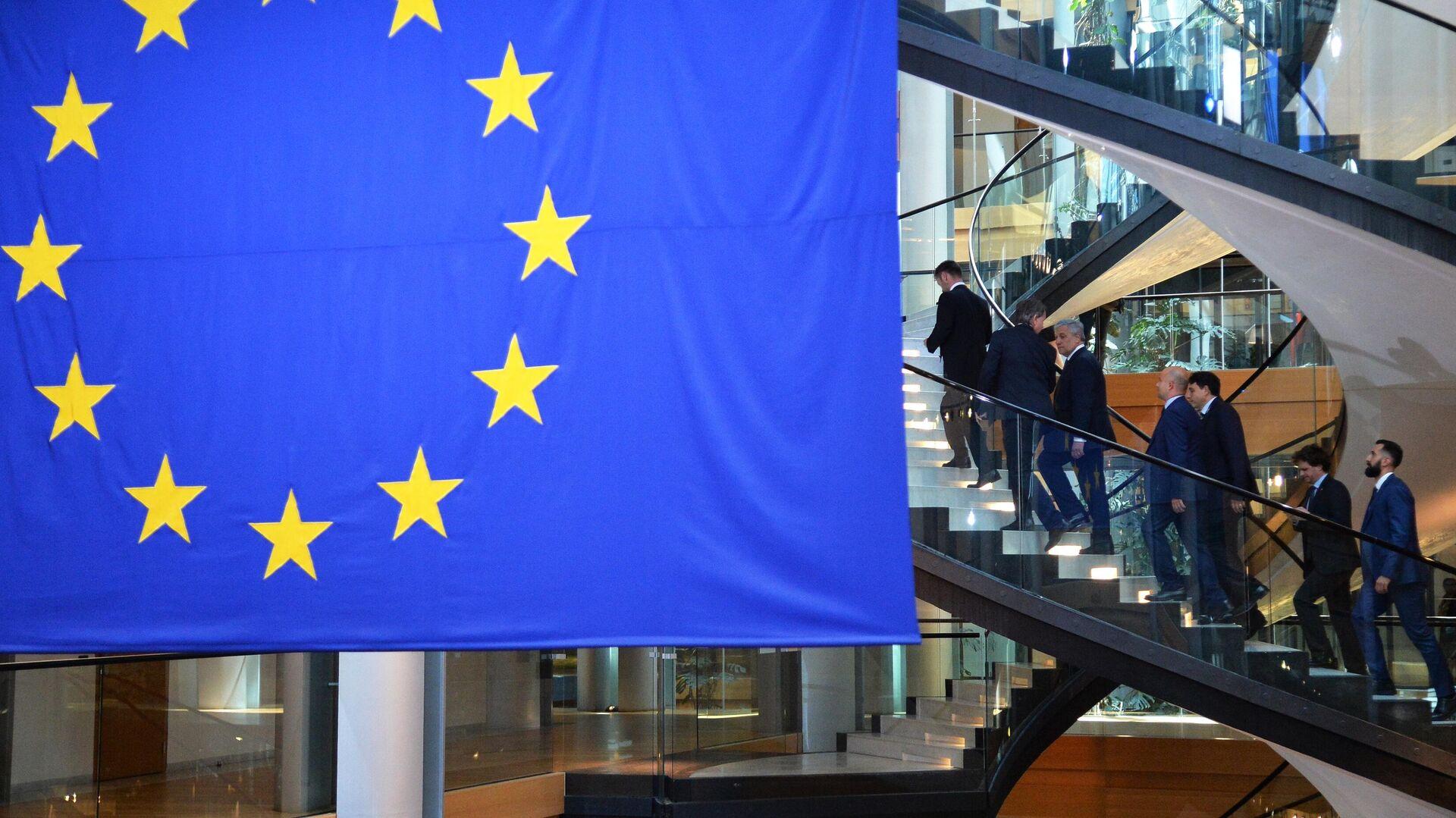 Депутаты на сессии Европейского парламента в Страсбурге - РИА Новости, 1920, 07.12.2020