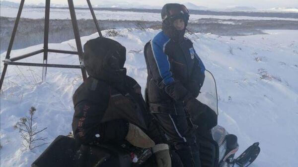Спасатели КГКУ ЦОД поселка Оссора обнаружили снегоходчика, который заблудился в условиях непогоды. 20 января 2020