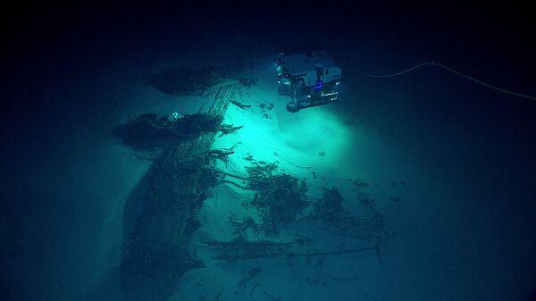Исследования обломков бомбардировщика B-29 Superfortress, затонувшего на дне Марианской впадины
