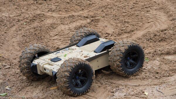 Малогабаритный переносной дистанционно-управляемый робототехнический комплекс разведки и разминирования Скорпион