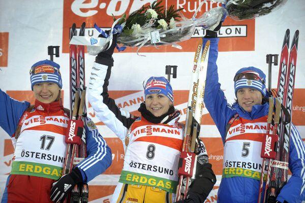 Екатерина Юрьева, Мартина Бек, Светлана Слепцова (слева направо)