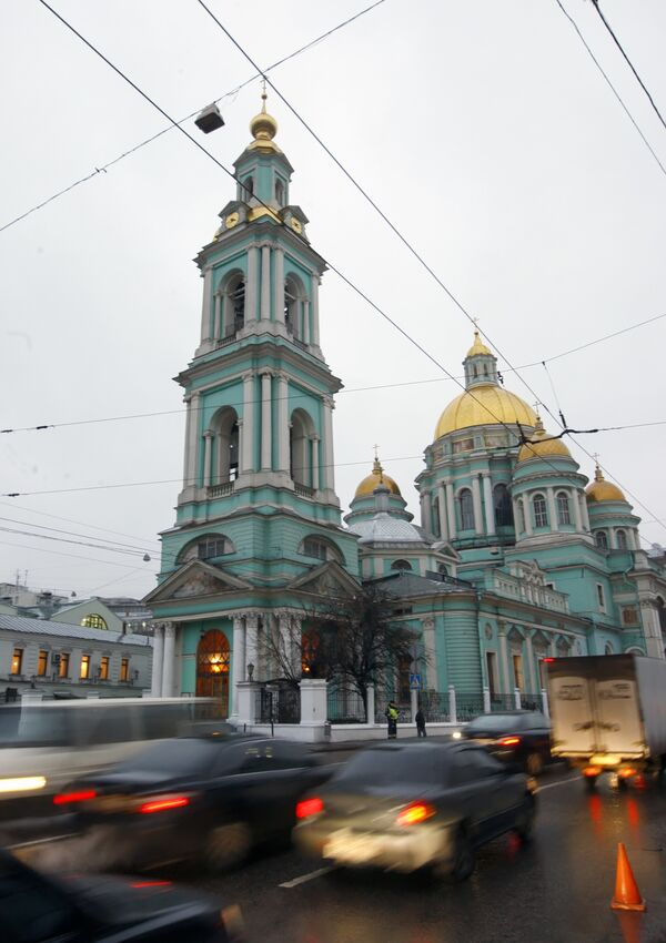 Подготовка к погребению Алексия II в Елоховском соборе