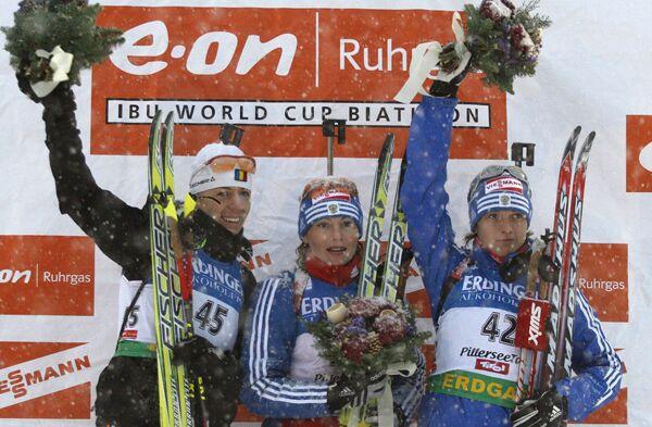 Ева Тофалви, Альбина Ахатова, Светлана Слепцова (слева направо)