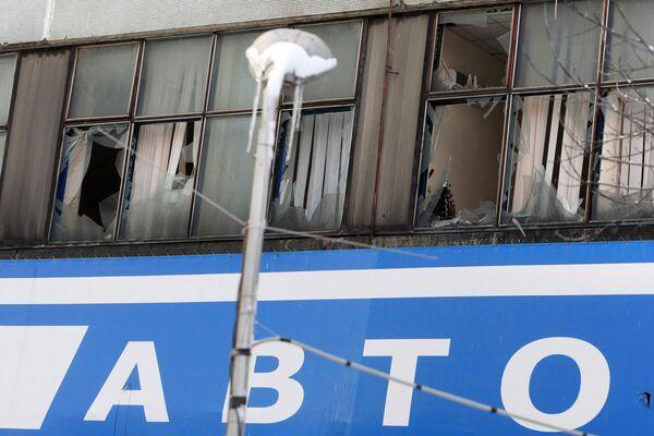 На месте пожара, произошедшего в общежитии на улице Кульнева