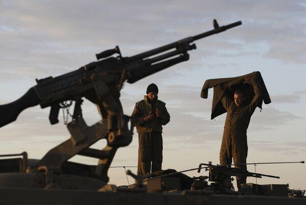 Израильские войска на северной границе сектора Газа