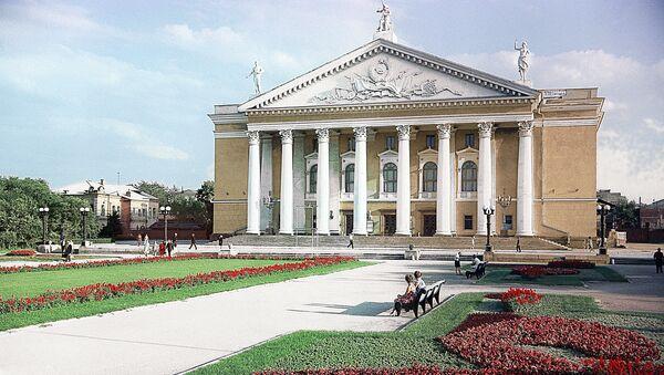 Челябинский государственный академический театр оперы и балета им. М.И. Глинки. Архивное фото