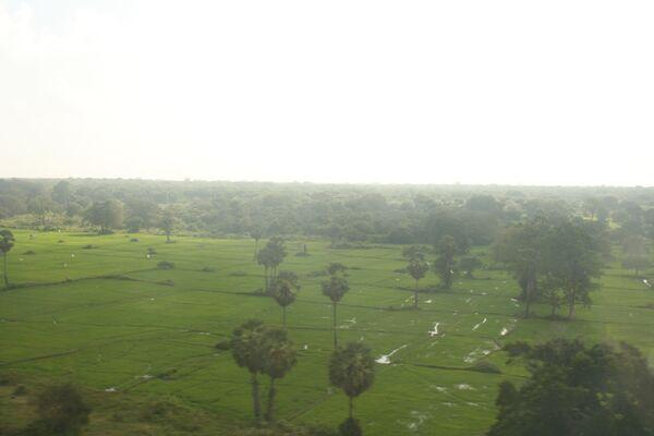 Пан Ги Мун прибыл на Шри-Ланку обсудить гуманитарную помощь