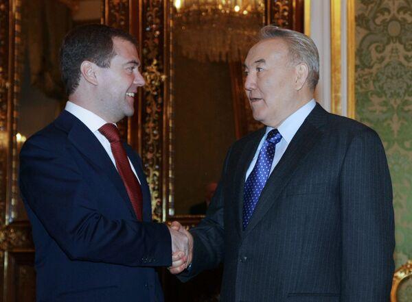 Президент РФ Д.Медведев президент Казахстана Н. Назарбаев