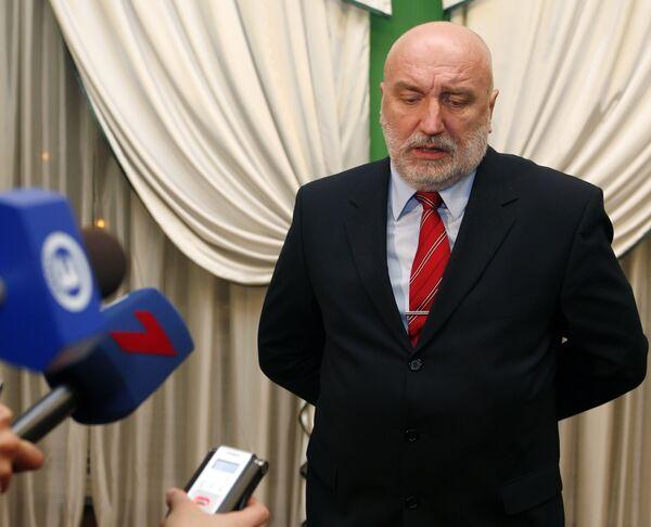 Бывший премьер Латвии Годманис может стать министром обороны