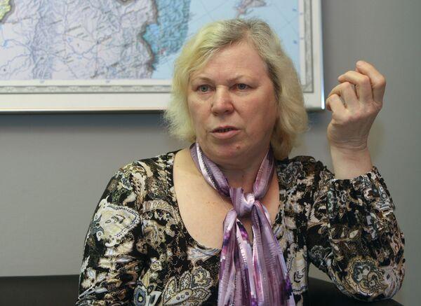Мать Глухова на этой неделе рассчитывает получить загранпаспорт