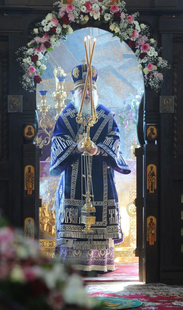Патриарх Кирилл проводит Божественную Литургию в храме Св. мученицы Татианы при МГУ им.М.В.Ломоносова