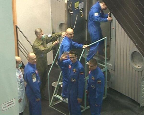 Шесть человек отправились в экспериментальный полет на Марс