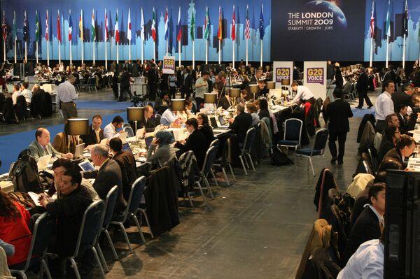 Работа пресс-центра саммита G20 в Лондоне