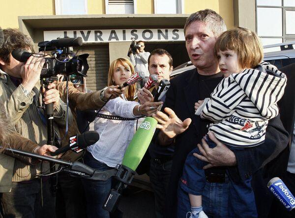 Элиза Андре-Беленькая со своим отцом Жаном-Мишелем Андре в Марселе