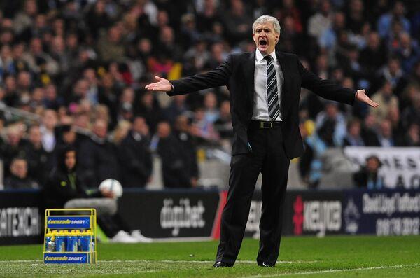 Марк Хьюз уволен из Манчестер Сити, на его место пришел Манчини