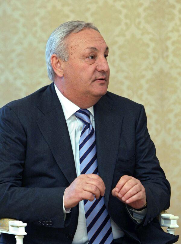 Консульство РФ в Абхазии может открыться в ближайшее время - Багапш