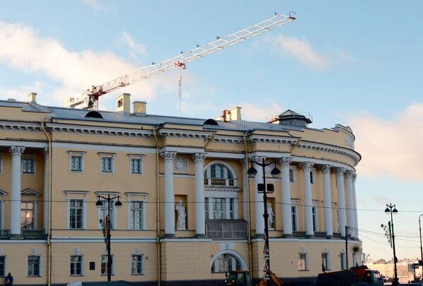 Реконструкция здания Сената и Синода