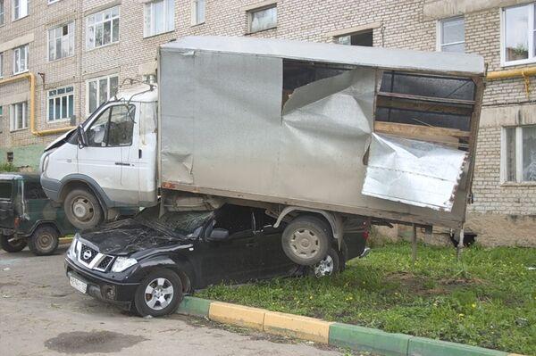 Последствия торнадо в Краснозаводске