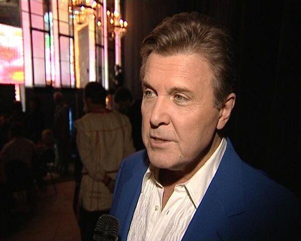 Лещенко-официант, виноватый Винокур и другие истории из жизни Зыкиной