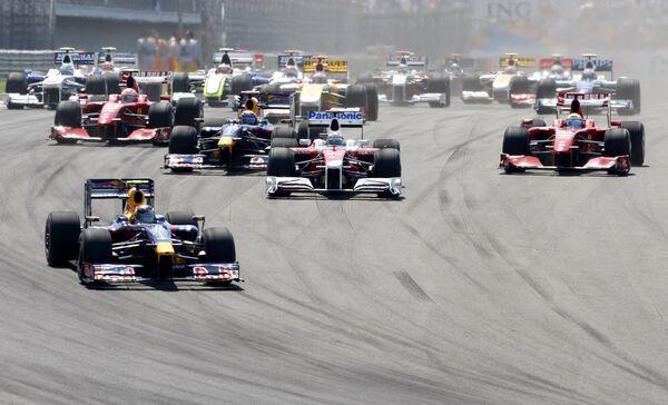 Все 10 команд Формулы-1 заявлены на 2010 год, но 5 - условно
