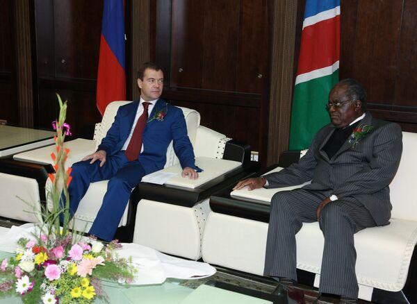 Встреча президента России Дмитрия Медведева с президентом Намибии Хификепунье Похамбой